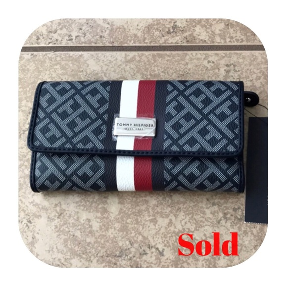 6cf47959 Tommy Hilfiger Bags | New New Womens Wallet | Poshmark